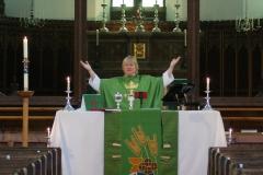 2_Dsc04749-The-Eucharistic-prayer